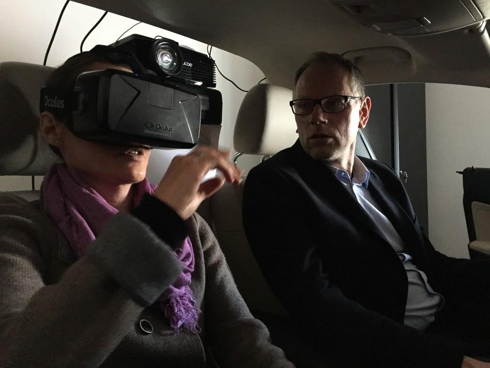 Oculus_Car_App